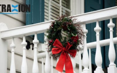 How To Decorate Your Deck According To The Season